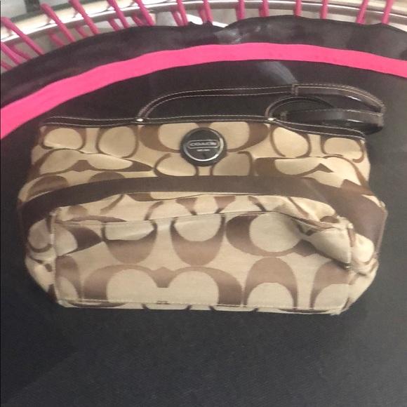 Coach Handbags - Coach tore bag
